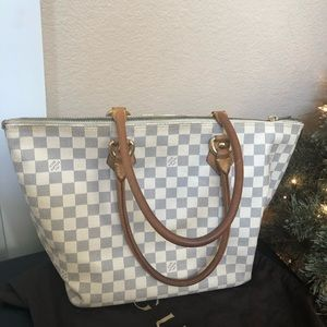 Louis Vuitton suleya mm azur bag